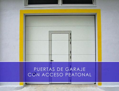 Puertas de garaje con puerta peatonal